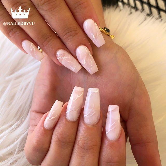 White Marbles Nailart