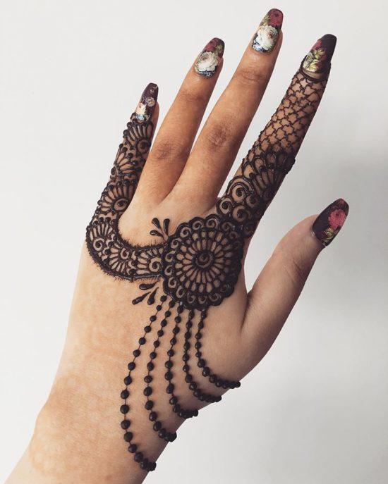 Mehndi Design for back hand